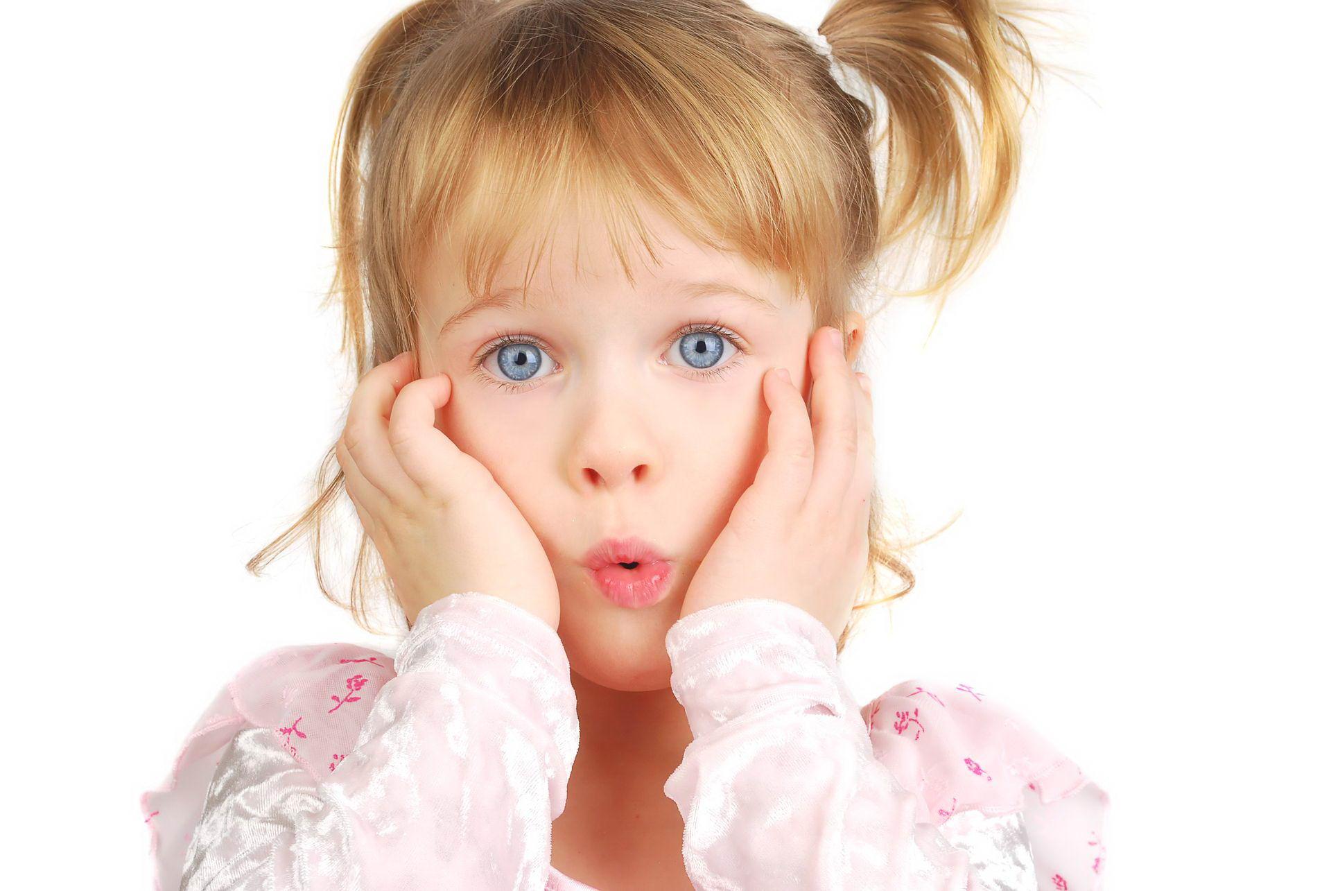 Белое шершавое пятно на коже у ребенка