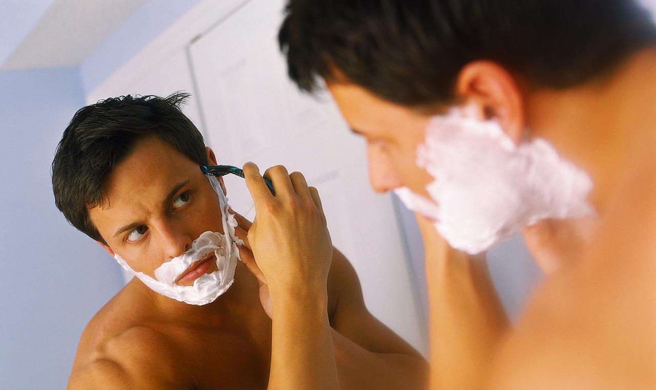 Как снять раздражение после бритья?