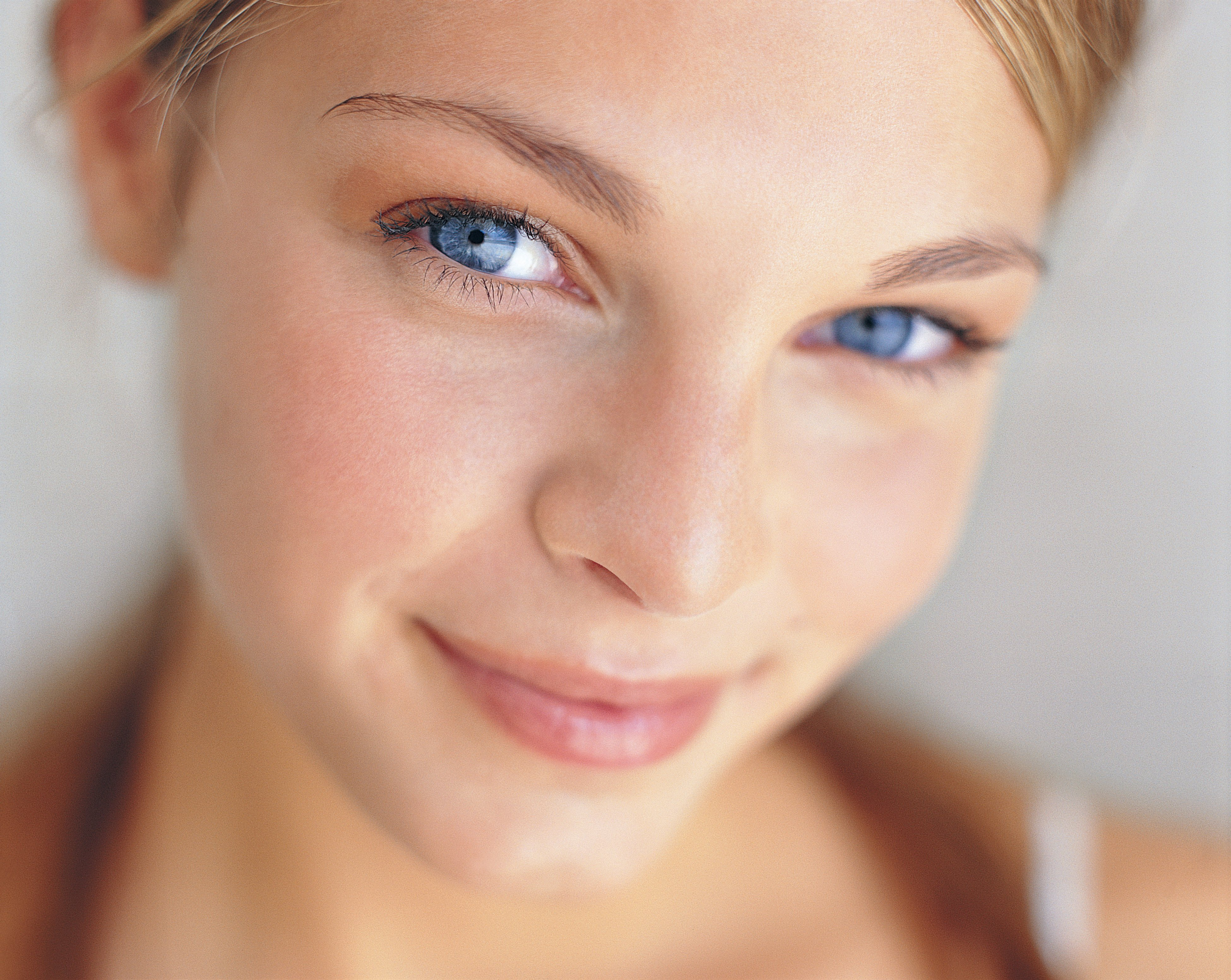 Как снять покраснение с лица, избавиться от покраснений?